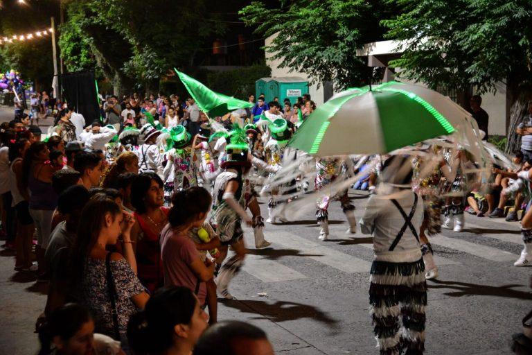 El Carnaval de la Flor se disfruta en los barrios de Escobar