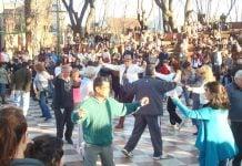 Folklore En La Plaza martinez