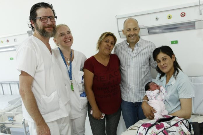 Primera Bebe Meternidad (2)