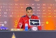 Alcoba Conferencia Trofeo Campeones