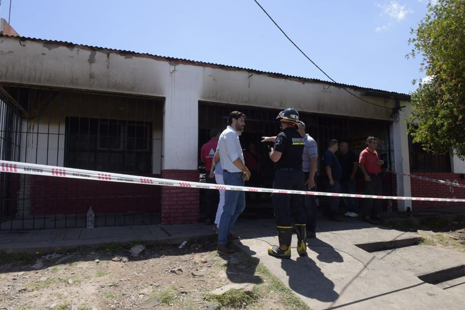 Incendio Escuela 30 31 Pablo Nogues 3