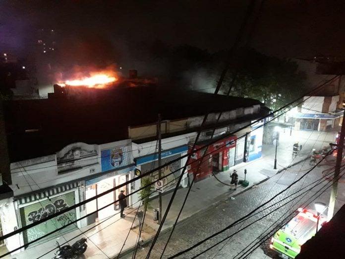 Incendio Supermercado Chino Cosme Beccar Estacion San Isidro