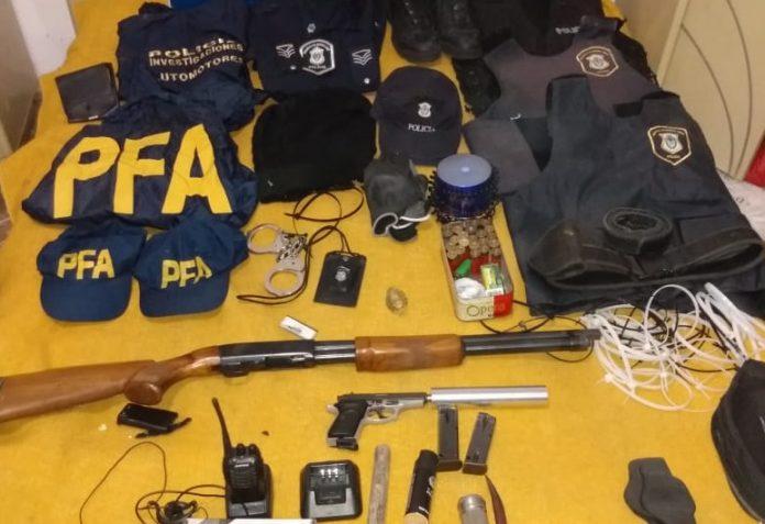 """Buenos Aires La Policía Federal Desbarató Una Organización Criminal De """"policías Truchos"""" 2"""