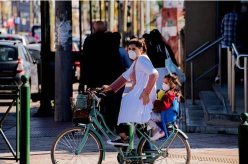 cuarentena-barbijos-bicicleta