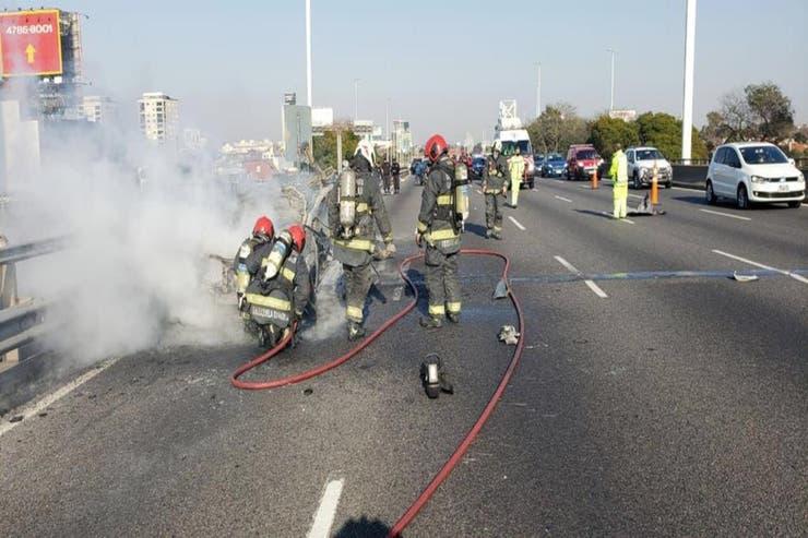 Auto Explosion Saavedra General Paz 2