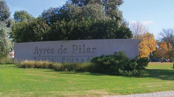 Ayres Del Pilar