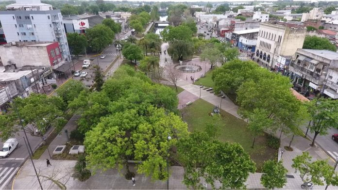 plaza canal