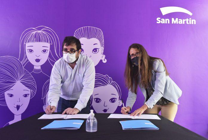 Fernando Moreira Y Gomez Alcorta Firmaron Convenios De Asistencia Y Acompanamiento En Casos De Violencia De Genero.
