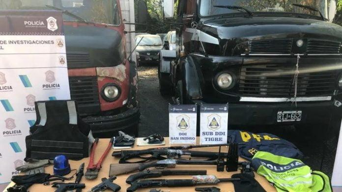 Piratas Asfalto Zona Norte Kiwis Policias Truchos