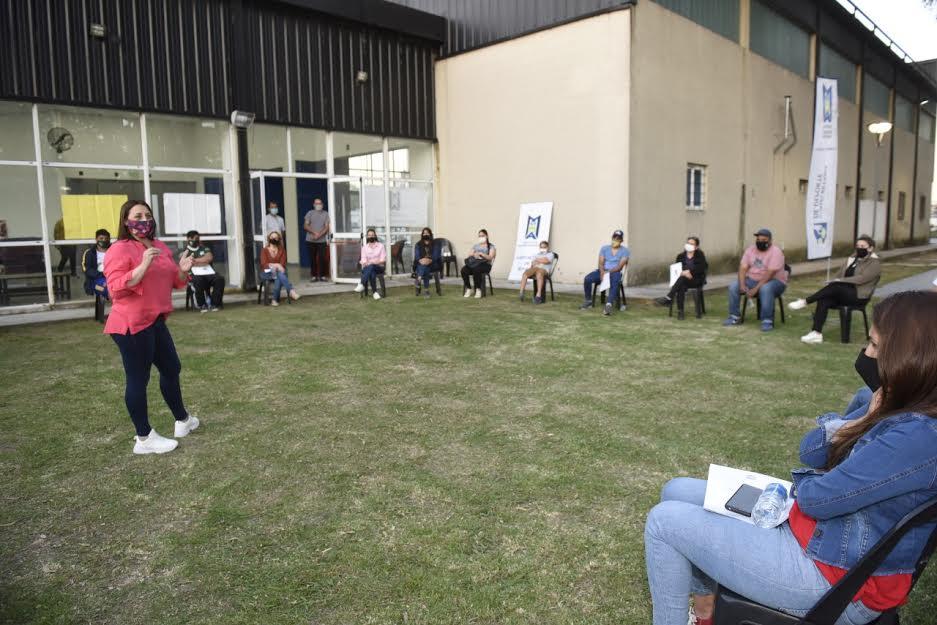 Programa Clubes Empoderados Polideportivo De Villa De Mayo