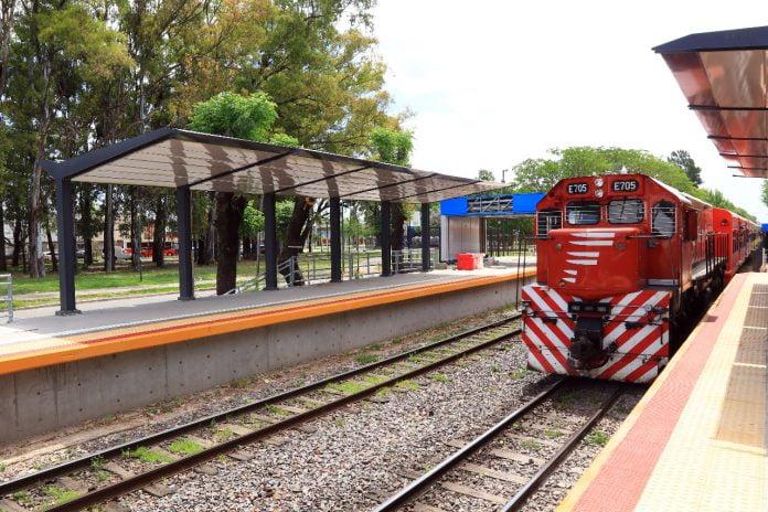 Estacion Villa Adelina 1