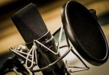 Micrófono Radio Negro