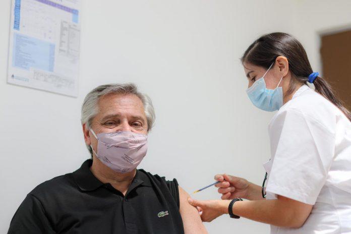 Alberto Fernández Vacuna Sputnik V Coronavirus Hospital Posadas