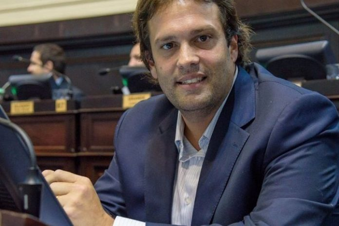 Juan Debandi Tres De Febrero Coronavirus