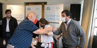 25 familias de san martín se beneficiaron con la escrituración social gratuita