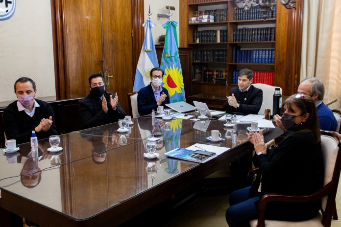 anuncio obras kicillof simone. fondo infraestructura municipal