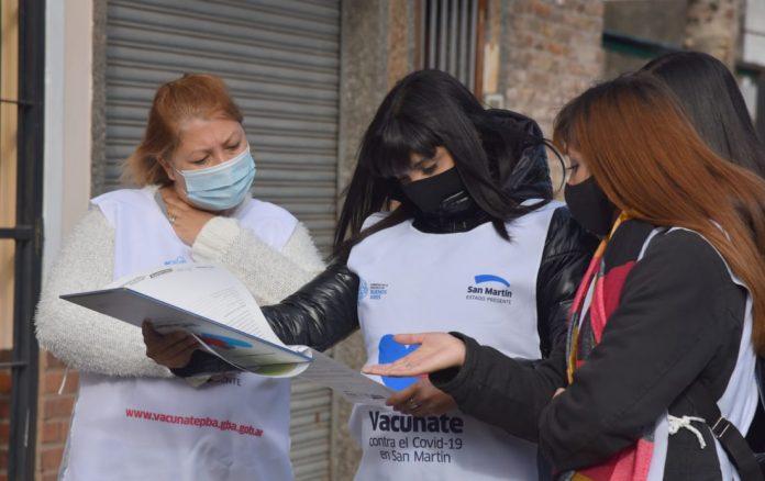 durante los operativos se brinda informacion sobre la campana de vacunacion y se anota a quienes lo desean