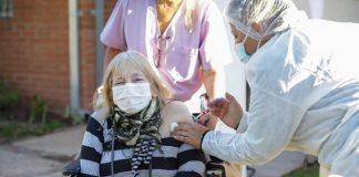 adultos mayores vacuna